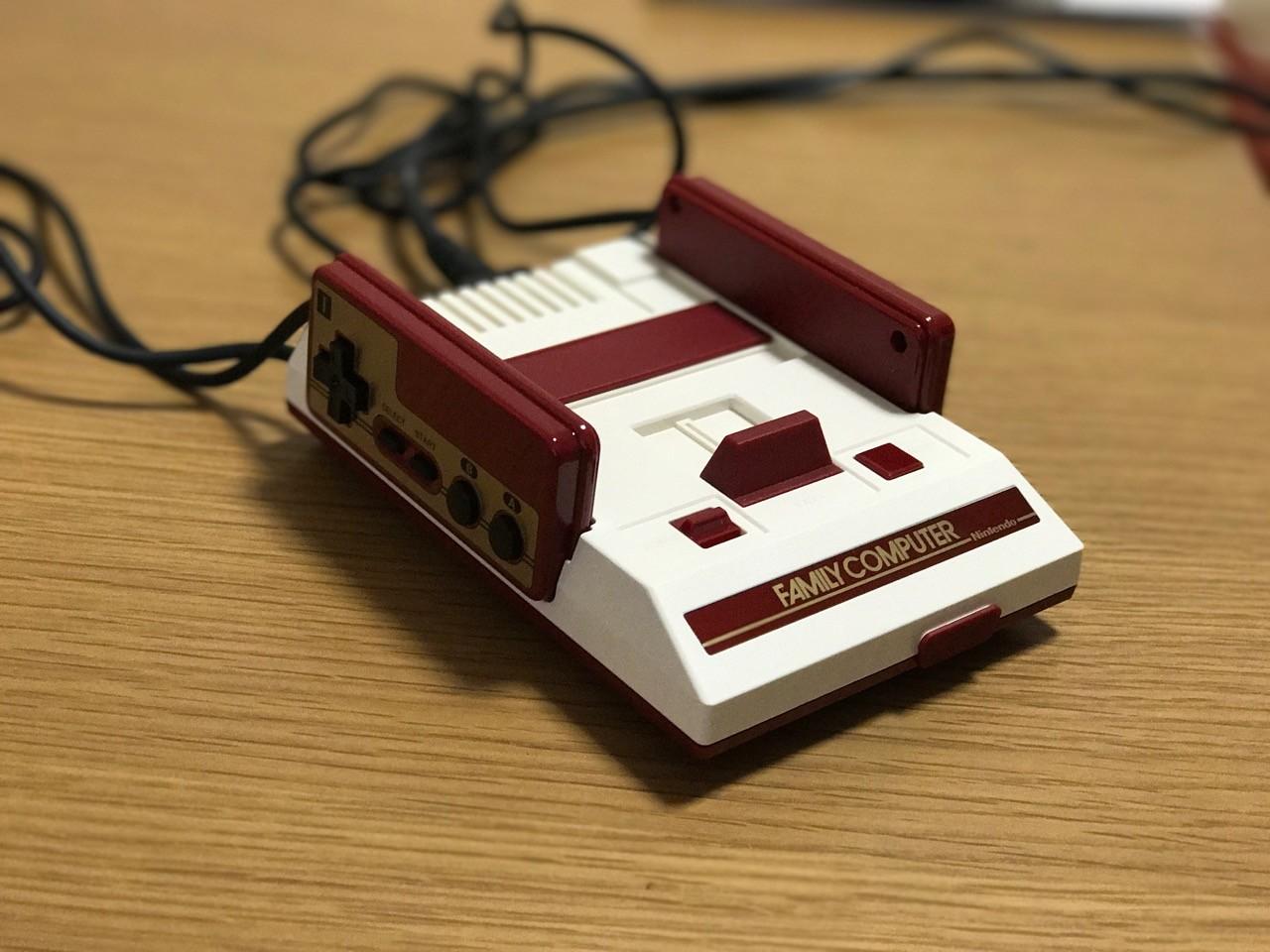 小型ファミコン