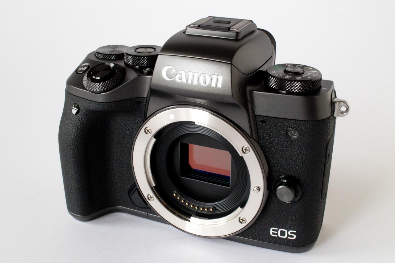 Canon ミラーレス一眼カメラ EOS M5
